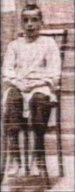 Αntonio Pujalo, θύμα της Enriqueta, φυλακισμένος σε ένα από τα πορνεία της. Ανηψιός του άντρα της.