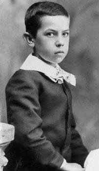 O George, αδελφός της Fanny