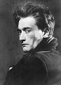 O Antonin Artaud, φωτογραφημένος από τον  Man Ray