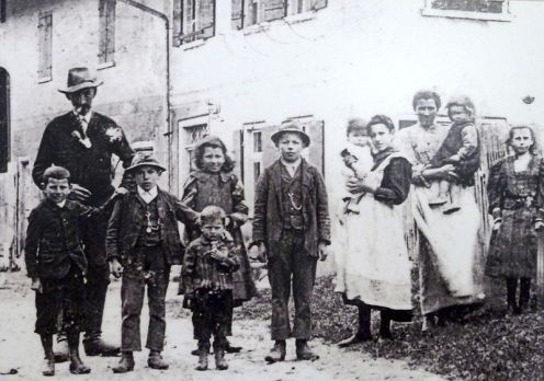 800px-Bündner_Schwabenkinder_1907