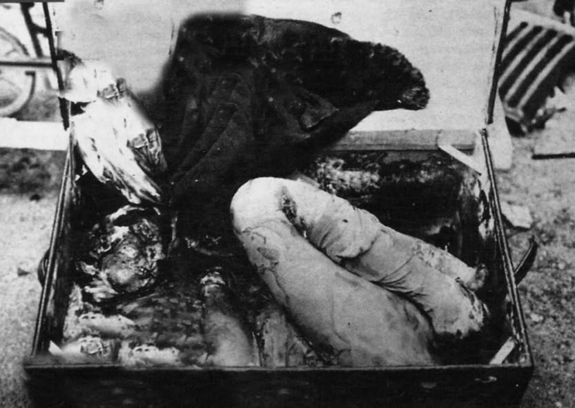 Το πτώμα της Agnes Anne LeRoi στο μπαούλο