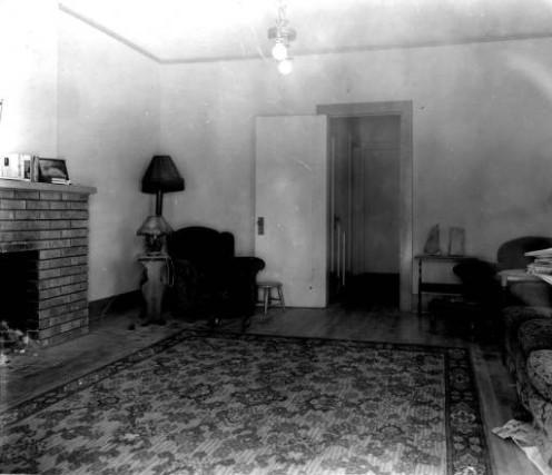 To σαλόνι, στο σπίτι των φόνων
