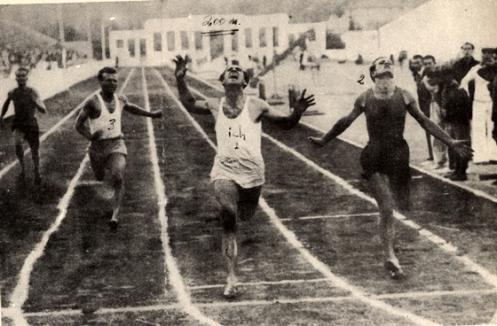 Ο Γρηγόρης Λαμπράκης σε αγώνες