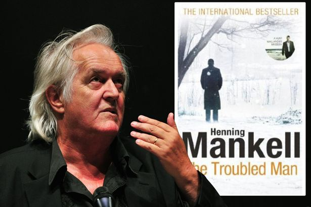 Henning-Mankell-and-a-cover-of-a-Kurt-Wallander-book-main