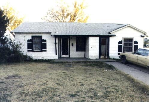 Το σπίτι όπου ζούσε ο Johnny στο Amarillo, με την μητέρα και τα αδέλφια του, τον καιρό της δολοφονίας