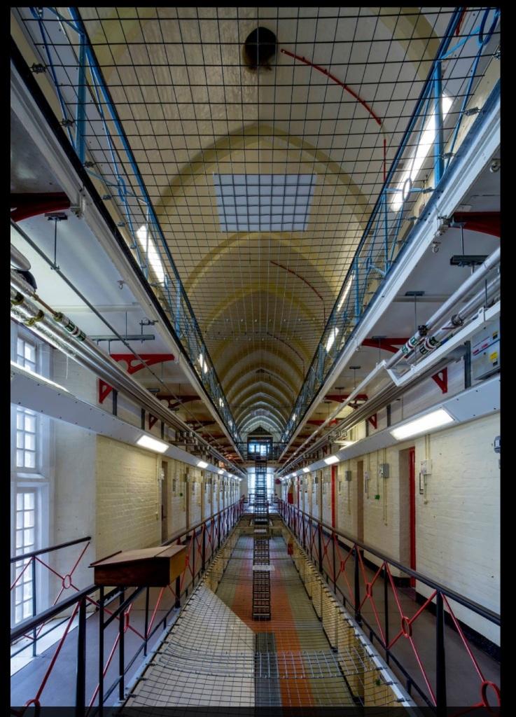 Από το εσωτερικό της φυλακής